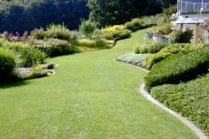 Jardinier Paysagiste La Main Verte. Spécialiste en aménagements d'espaces verts et créations de paysages et installation de piscine à Luxembourg