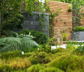 Scène de jardin réalisée par le Jardinier Paysagiste La main verte